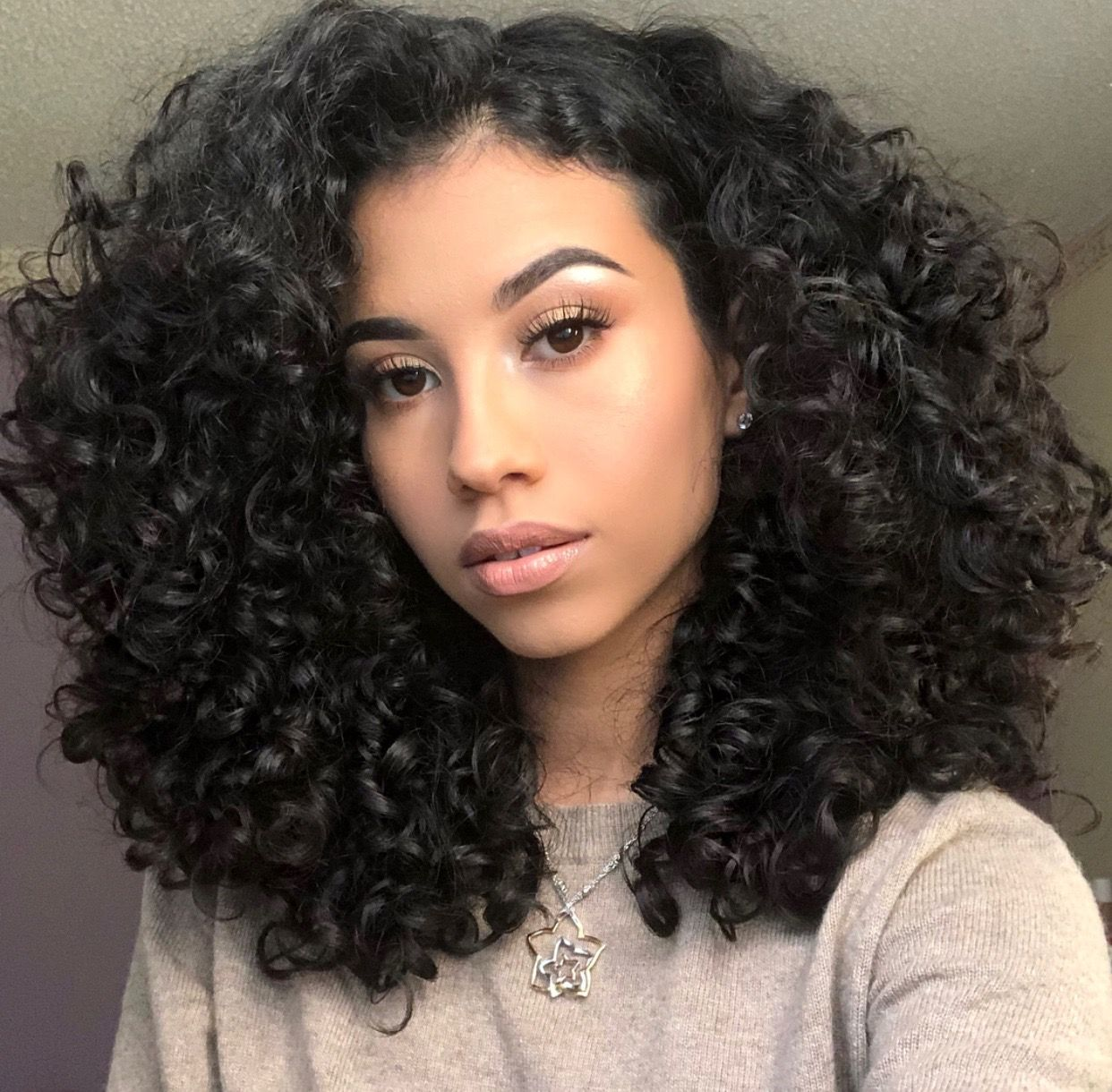 big curly hair | natural curls | 3a 3b hair type | simple