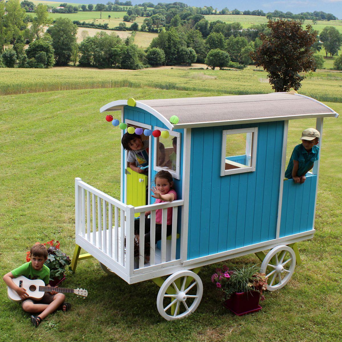 cabane en bois pour enfant roulotte carry roulotte enfant jardin pour enfants cabane bois enfant