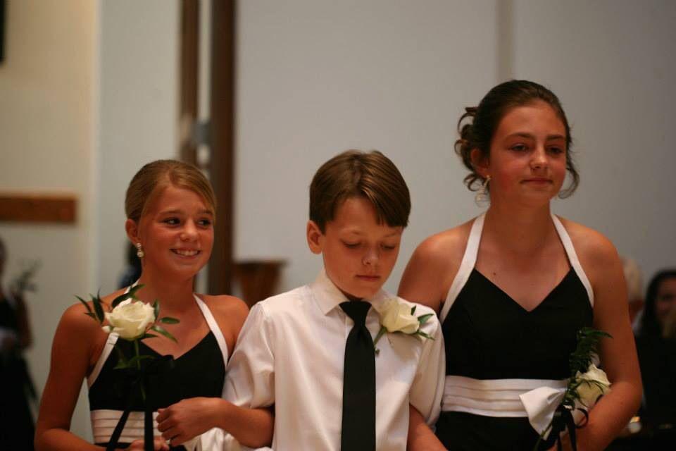 Junior Bridesmaids and Groomsman  Claycomb Photography Indianapolis
