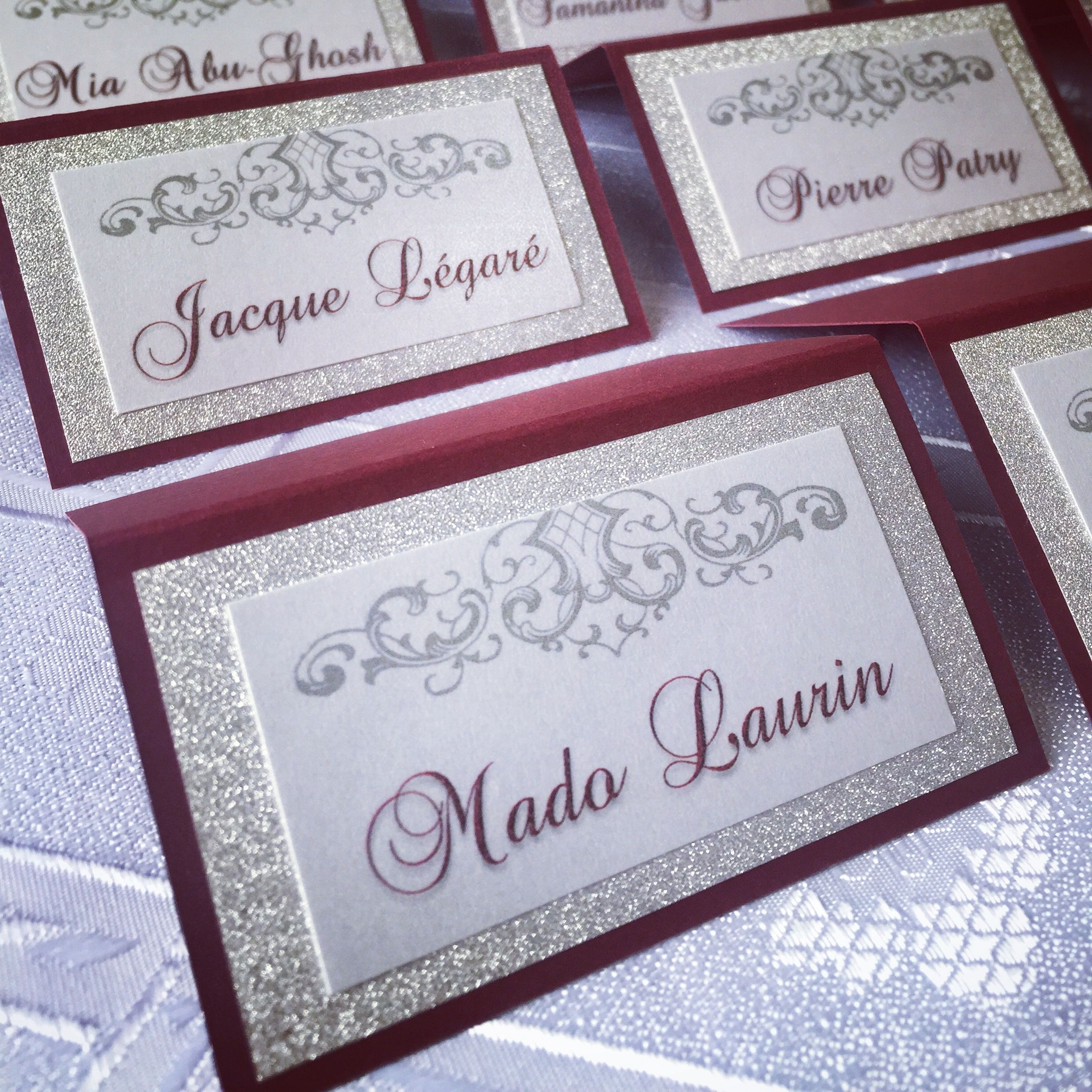 Wedding place cards♢️️Stunning Burgundy and Glitter card stock