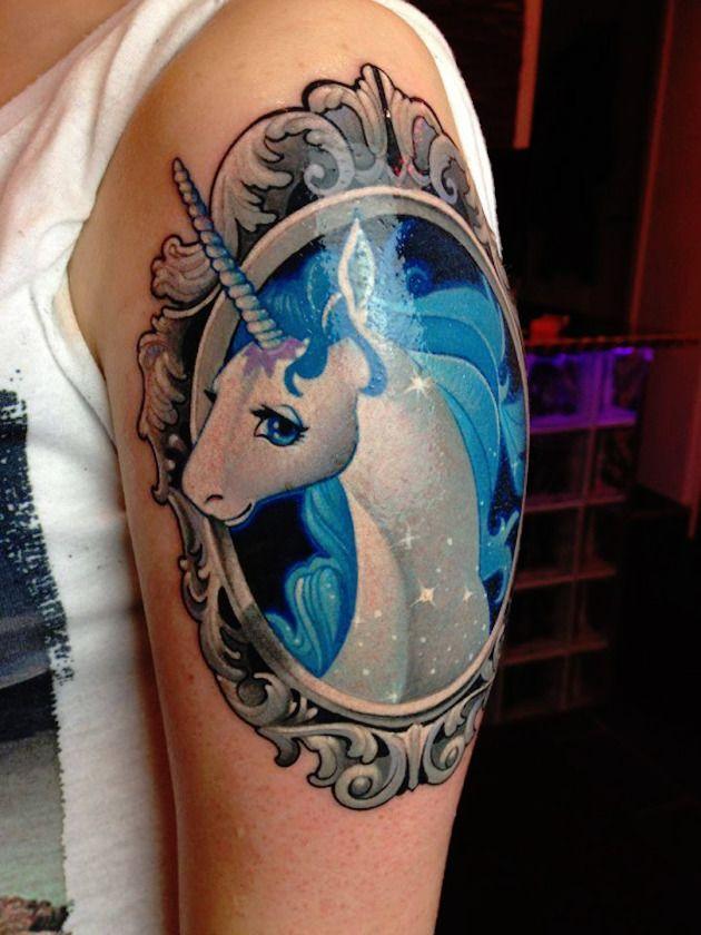 53 Best Unicorn Tattoo Designs For Women Tatouage Licorne Tatouage Modele Tatouage