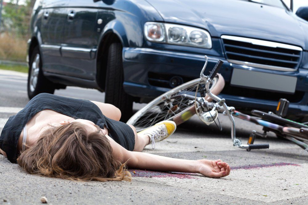 Do Not Flee After An Accident With Images Bicycle Accident