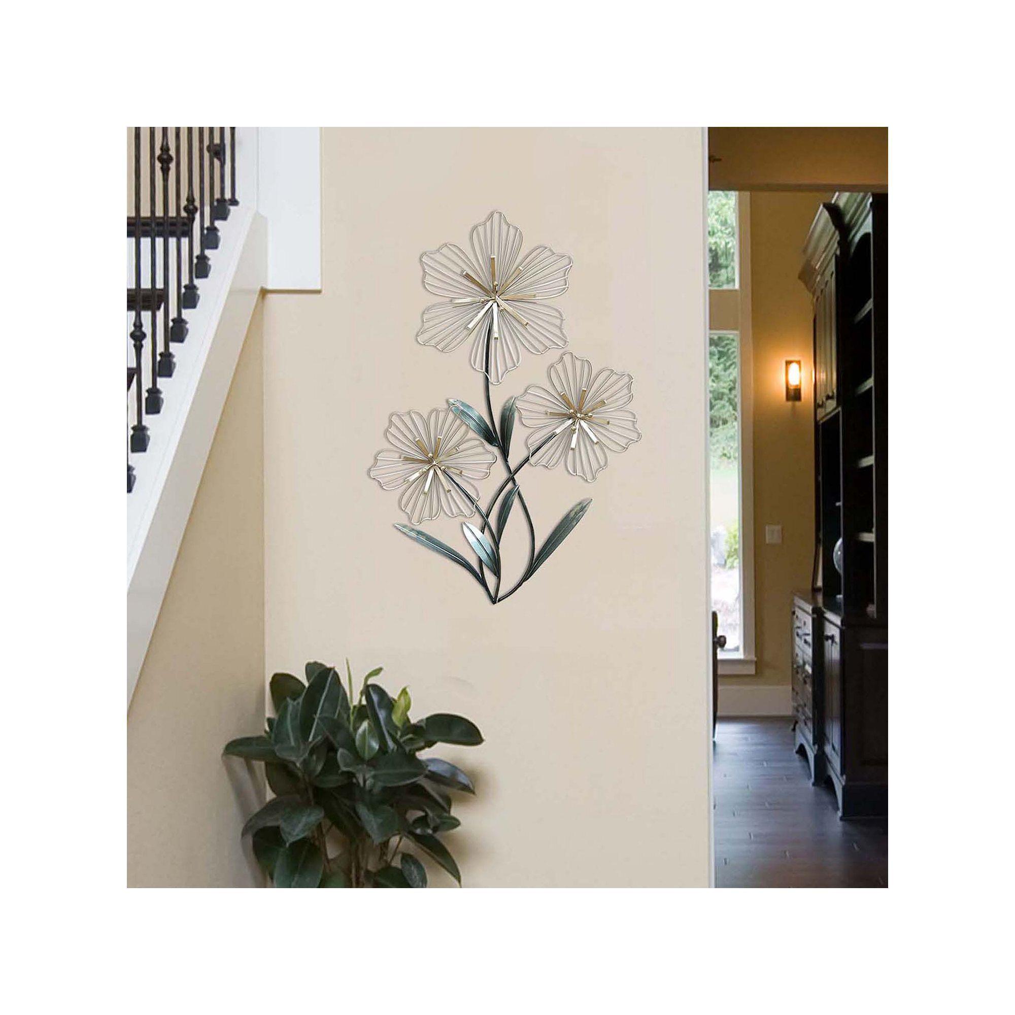 Stratton Home Decor Tri Flower Wall Art In 2020 Rustic Flower Wall Decor Flower Wall Decor Stratton Home Decor