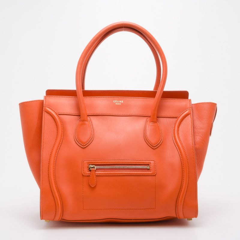 I am getting this BAG!!! Im obsessed with it!!!! Bags