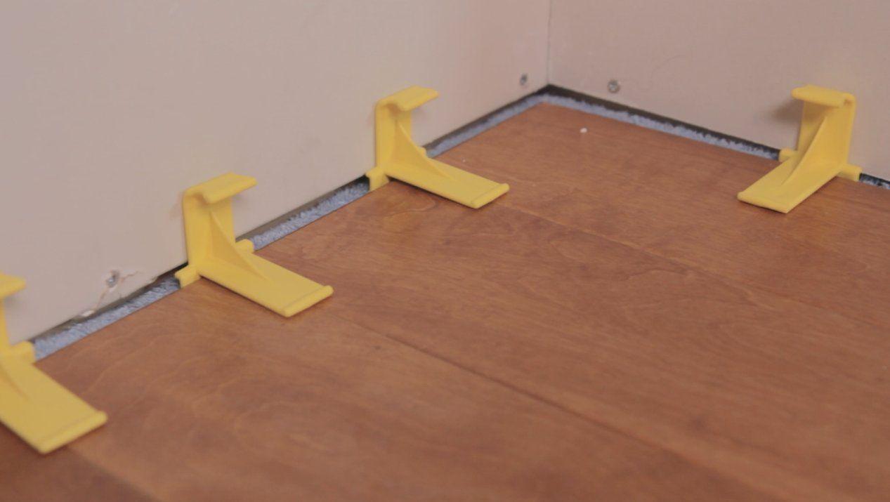 Tfloor Spacers 12 Pack Amazon Com Vinyl Plank Wood Laminate Vinyl Plank Flooring
