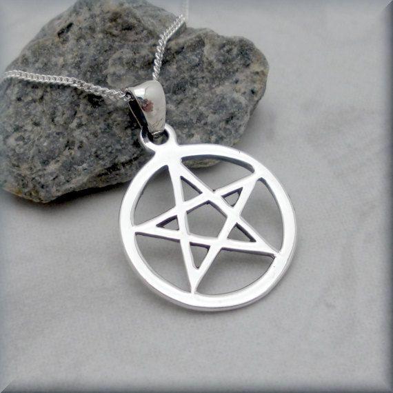 Pentacle pentagram necklace sterling silver pendant wiccan spiritual pentacle pentagram necklace sterling silver pendant wiccan spiritual jewelry sn550 aloadofball Choice Image