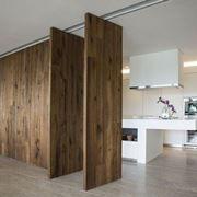 Pareti divisorie in legno per interni portas pinterest for Pareti originali per interni