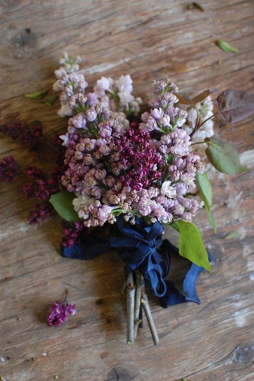 Purple Palette / Bouquet Inspiration. (instagram: the_lane)