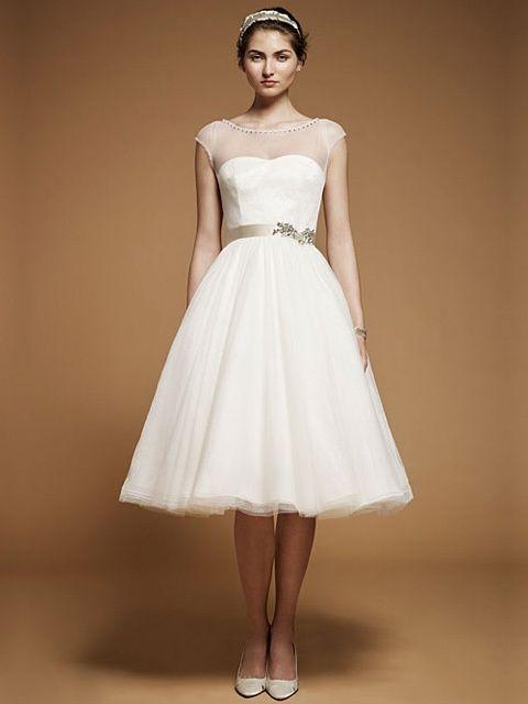 vestido de novia corto con cuello y mangas de organza -- jenny