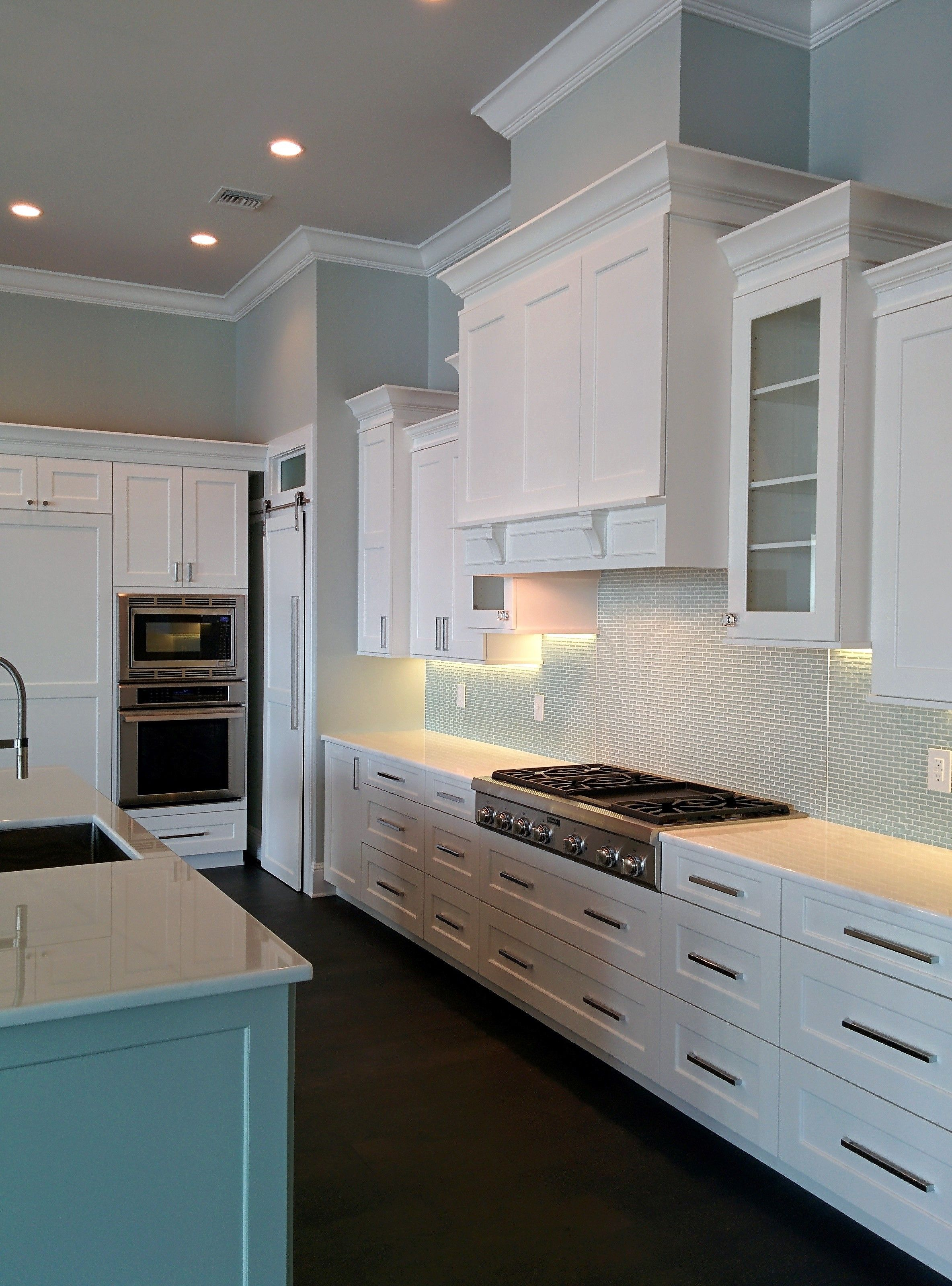 This Beautiful Classic Kitchen Was Designed By Monarch Kitchen And Bath Design Monarchkitchenandbathdesi Classic Kitchens Kitchen And Bath Design Bath Design