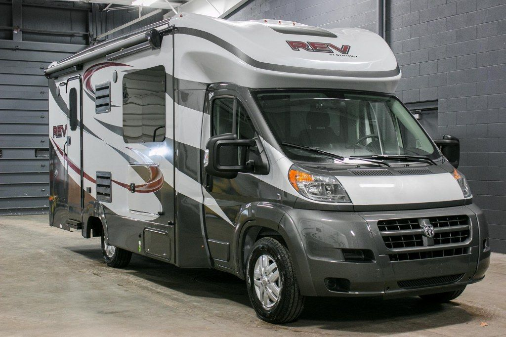 FULL TIMERS MOTORHOME FOR SALE!!! 2016 Dynamax Corporation