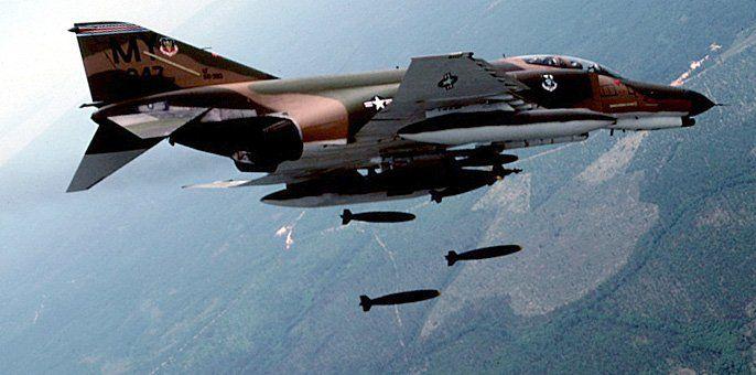 I worked on the F4 Phantom C,D,E. I remember the lau-7 ...