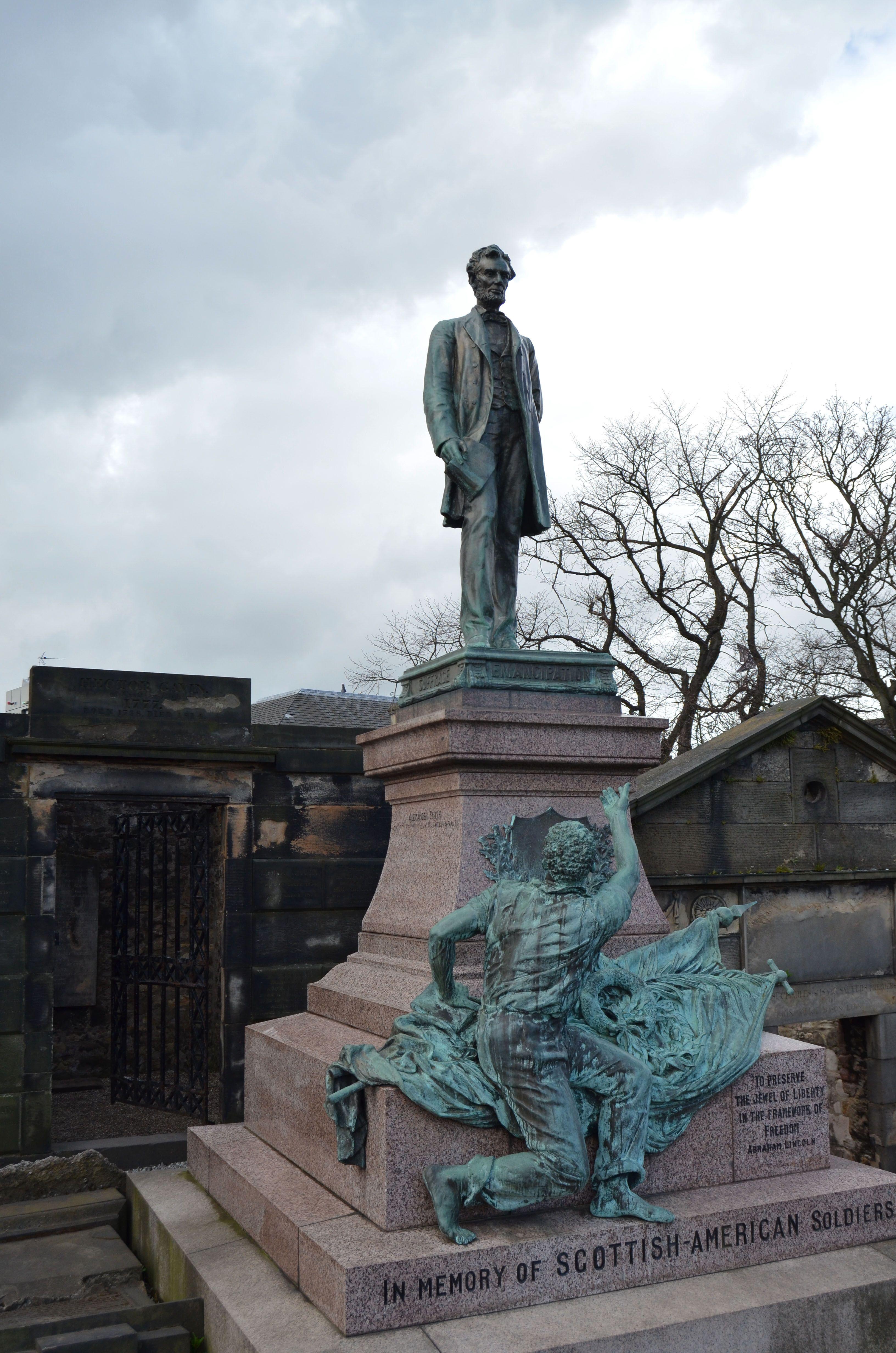Monumento a los mártires políticos