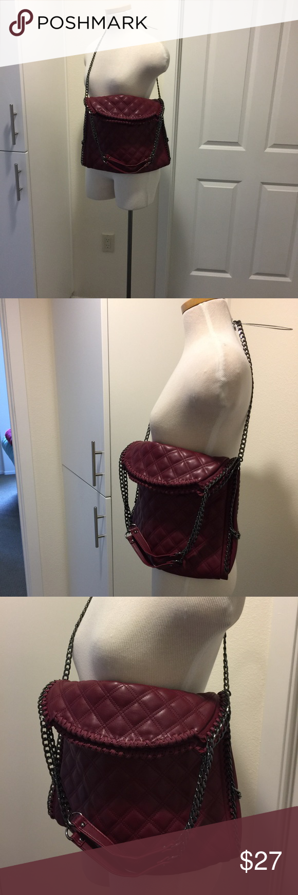 Steve Madden quilted 👜 2 handles Steve Madden handbag like new gently used great condition has pockets inside looks like a Stella McCartney bag . It is vegan material too . Has both short and long chain , non smoking home 🏡 Steve Madden Bags Shoulder Bags