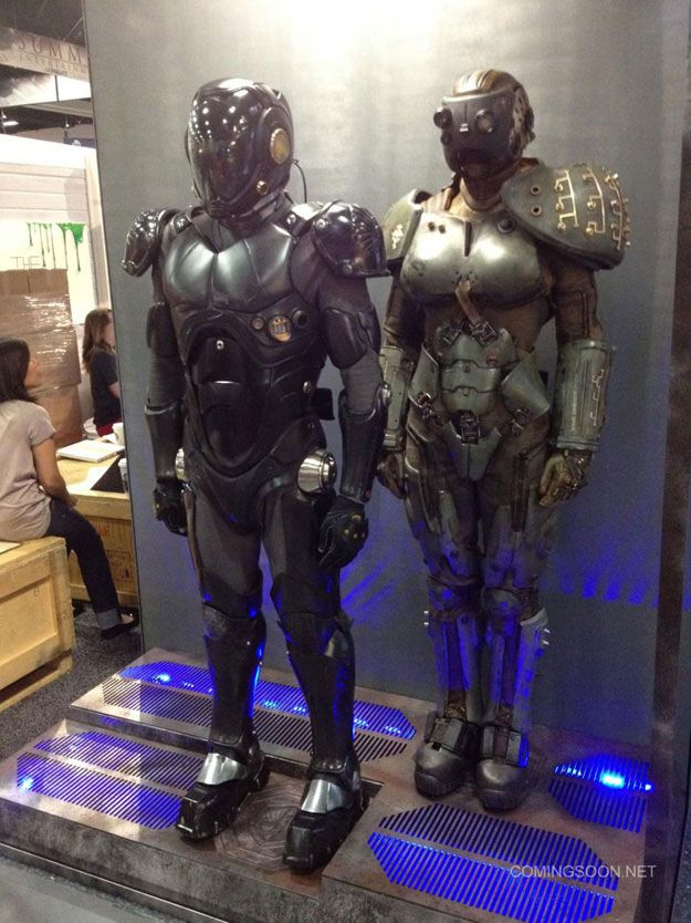 Drivesuit - Pacific Rim  Cherno Alpha and Gypsy Danger