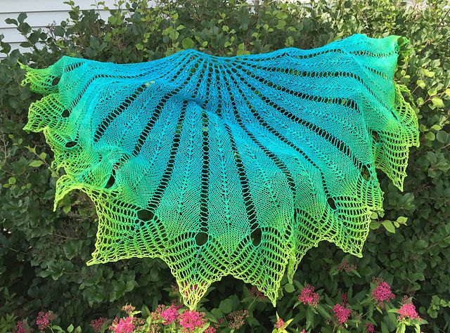 Midnight in Paris pattern by Nim Teasdale   Ravelry, Patterns and Shawl