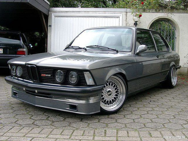 Old School Bmw With Images Bmw E21 Bmw Classic Cars Bmw 323i