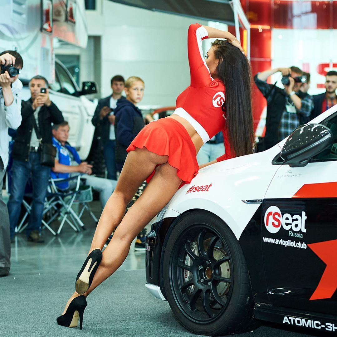 Sexy Hostess Hostess T Cars Geneva Motor Show And Audi