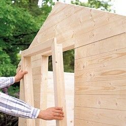 Fabriquer un abri de jardin avec de nombreux rangements en - Fabriquer un abris de jardin en bois ...