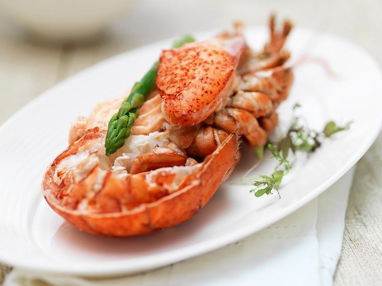 How To Reheat Lobster So It Still Tastes Sweet And Delicious Lobster Recipes Leftover Lobster Recipe Steamed Lobster
