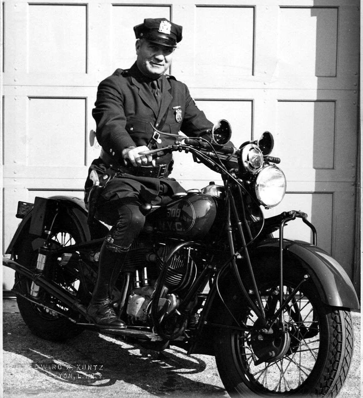 Antique Harley-Davidson MOTORCYCLE Police Officer RADIO Traffic Cop Art PRINT