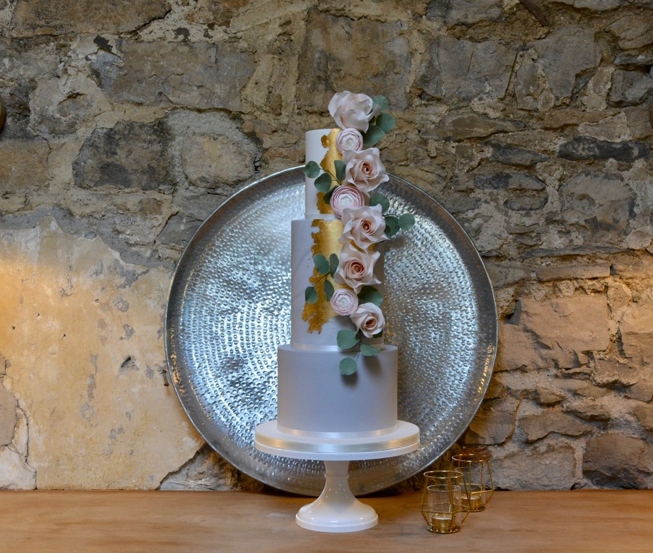 Wedding Flowers Harrogate: Rose Gold And Ranunculus Wedding Cake By Blossom Tree Cake