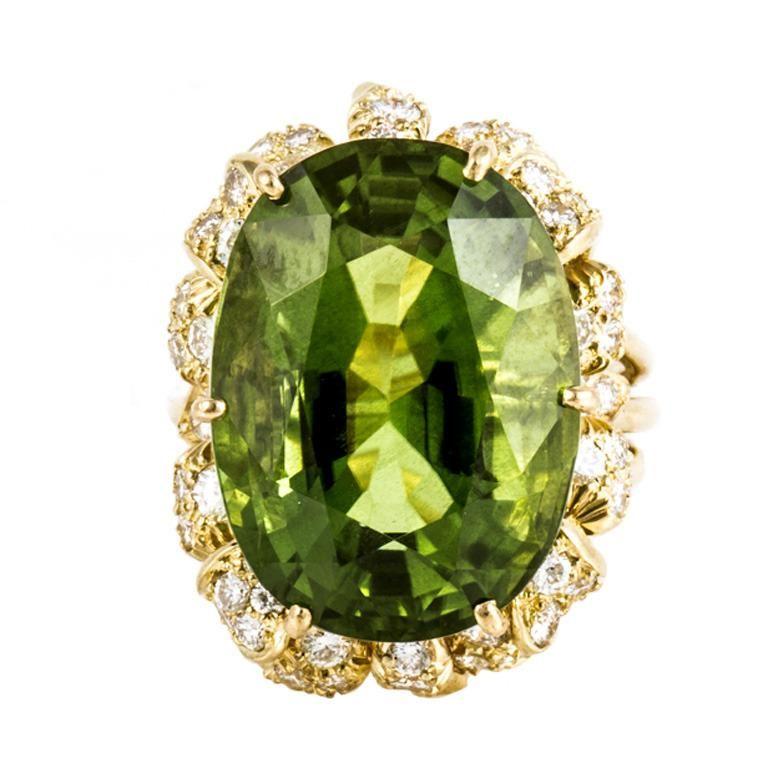 1stdibs.com | Julius Cohen Peridot, Diamond, and Yellow Gold Ring