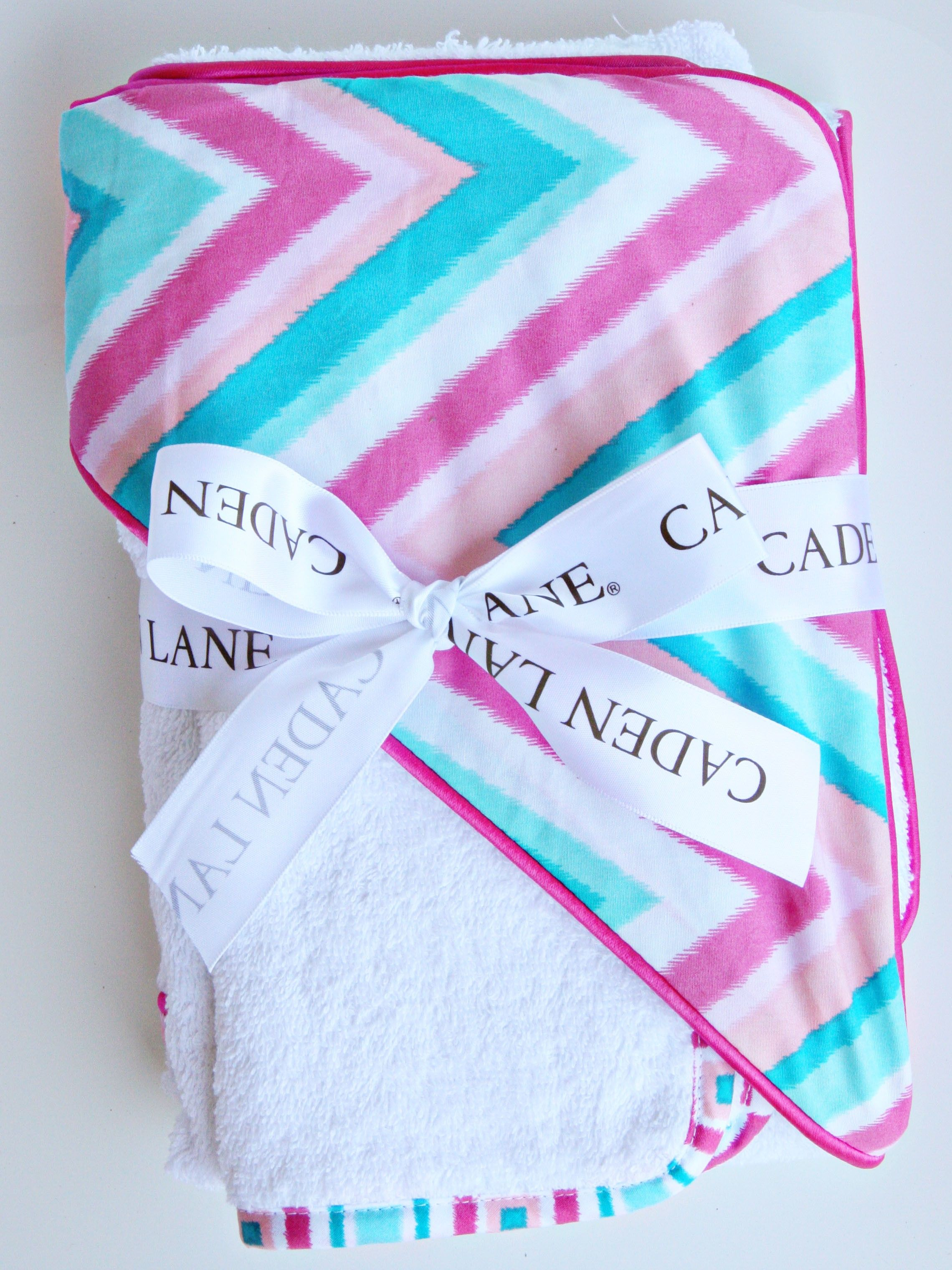 A stylish must have for baby\'s bath time. #Holidaygift #baby | PN ...