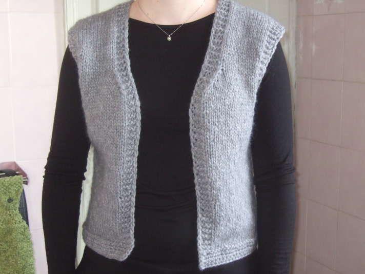 tricot veste sans manche femme
