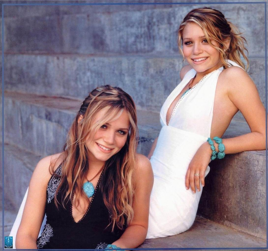 olson twins young 17 Best images about Mary Kate and Ashley Olsen on Pinterest | Twin, Ash  and Holidays in the sun