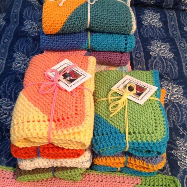 Diagonal Comfort Blanket in Lion Brand Cotton-Ease ...
