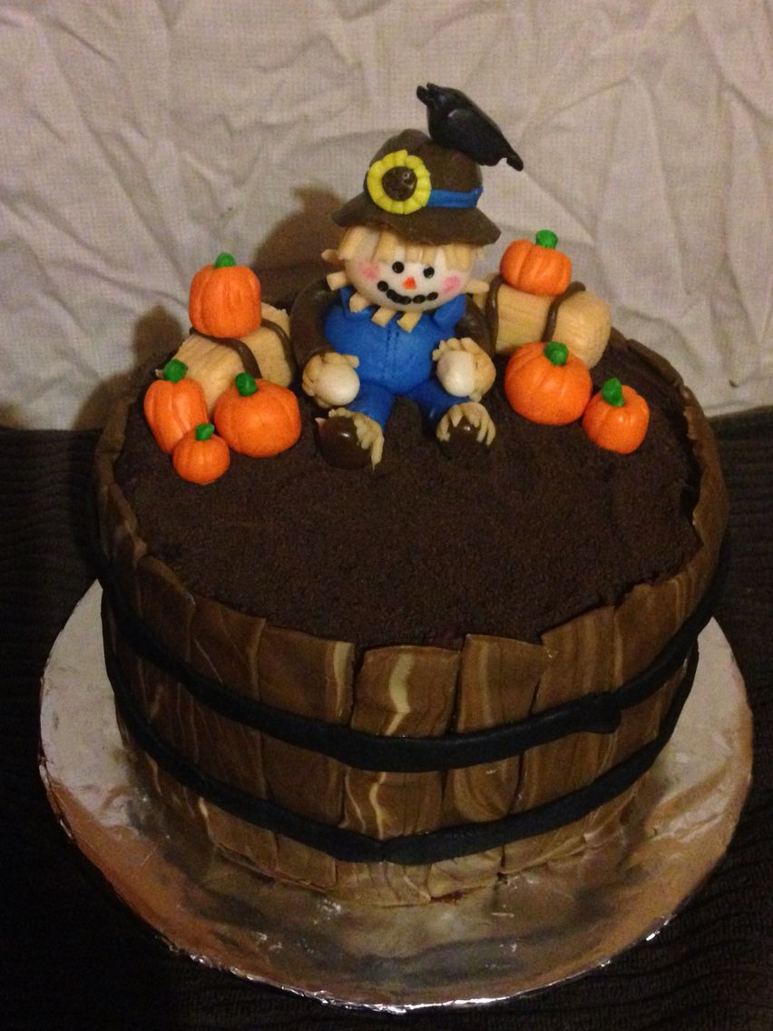Happy Halloween, fall, harvest cake with a wooden fondant barrel - Halloween Cake Decorating Ideas