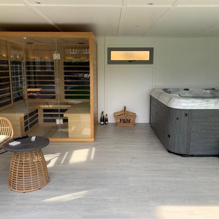 Video Tour Garden Room Spa With Hot Tub Sauna By Bakers Ref 5710 Indoor Hot Tub Hot Tub Room Hot Tubs Saunas