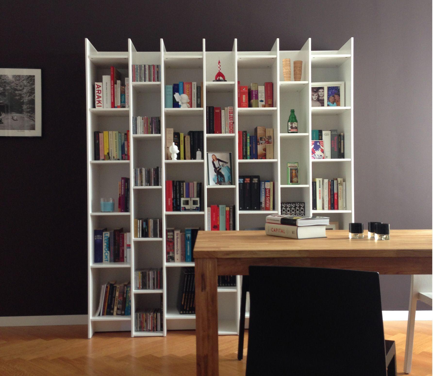 Voorbeeld van expand boekenkast vakkenkast wit grenen woood