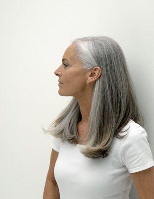Model Ingrid B 2050017 Frisuren Graue Haare Lange Graue Haare
