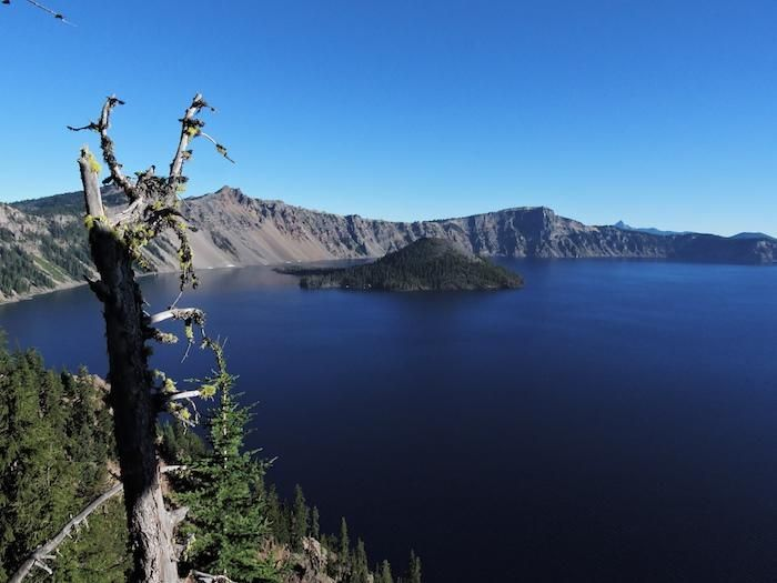Wizard Island, Crater Lake National Park/Lee Dalton #craterlakenationalpark Wizard Island, Crater Lake National Park/Lee Dalton #craterlakenationalpark