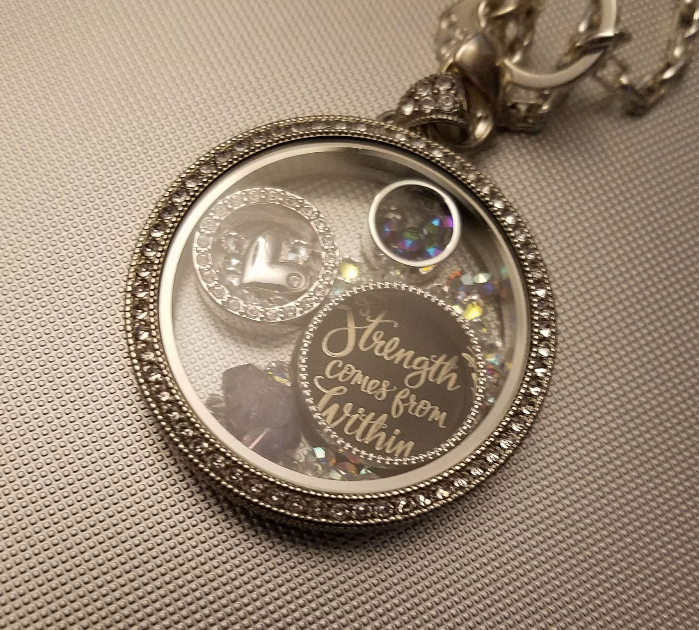 ❤️AUTHENTIC ORIGAMI OWL LOCKET CHAIN CHARMS & DANGLES ~ THE ... | 2203x2443