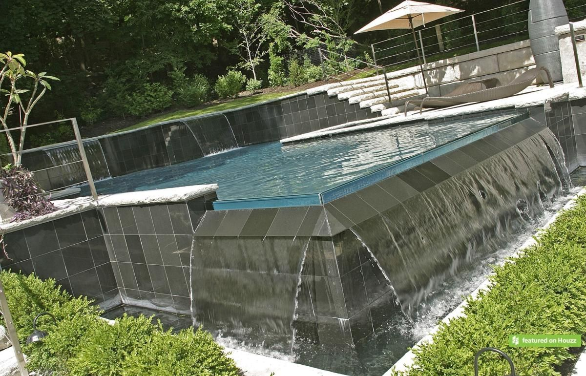 This infinity zero edge pool and total backyard project - Invisible edge pool ...