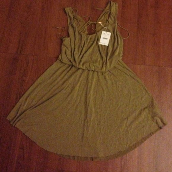 Free people dress New one, never worn. Size medium. Size small to medium work prefect. Free People Dresses