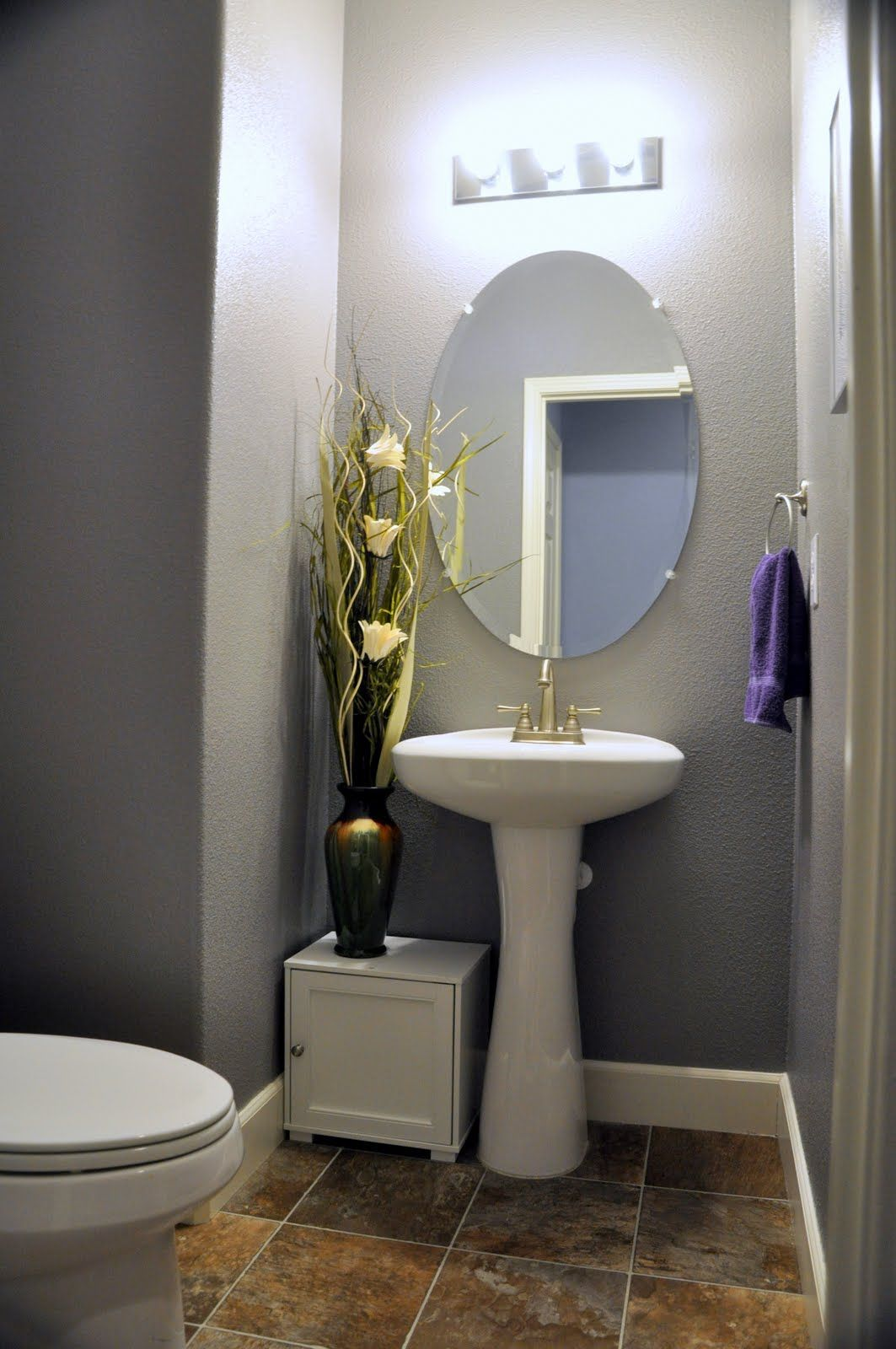 Even If The Bathroom Sink Is Small You Can Get Creative With It These Bathroom Sink Design Ideas Are Powder Room Small Powder Room Decor Powder Room Storage