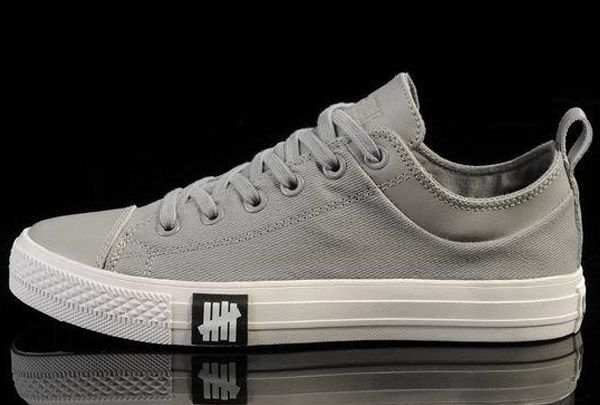 52fa548777bb  converse Unisex Light ox Converse Chuck Taylor All Star leather Grey  Canvas Low Tops Sneakers