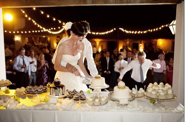 Vintage Glass Cake & Cupcake Wedding Display | Special Events ...