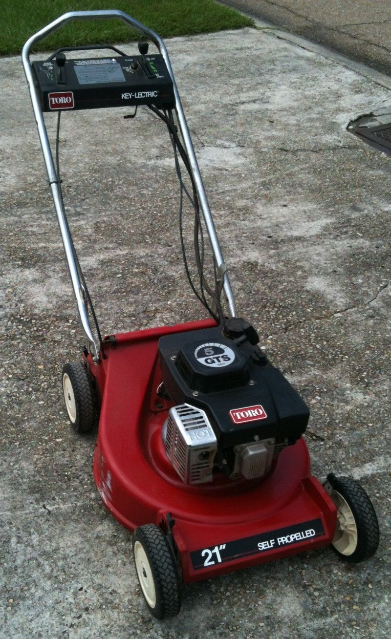 I Bought A Toro Mulching Lawnmower With Personal Pace Drive From Home Depot Toro Lawn Mower Lawn Mower Mulching