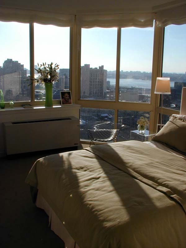 Bedroom with view of New York City