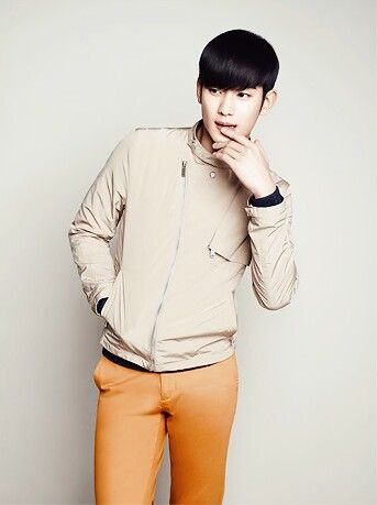 Kim Soo Hyun ZioZia S/S 2014 #김수현