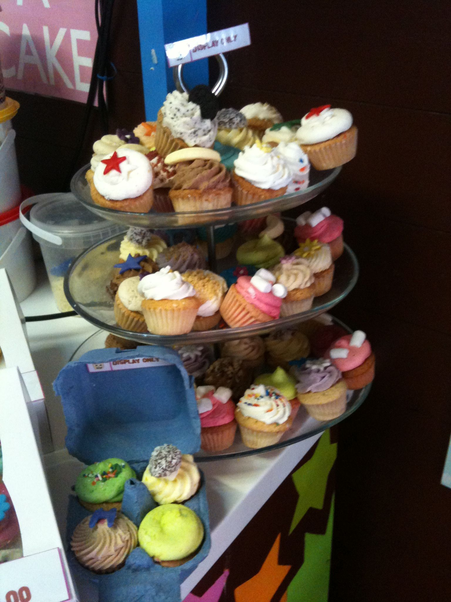 London's cup cakes at camden town!!!!