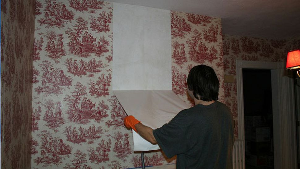 Easily Remove Wallpaper With Vinegar And Hot Water Wallpaper Removal Solution Removable Wallpaper Removable Wallpaper Diy