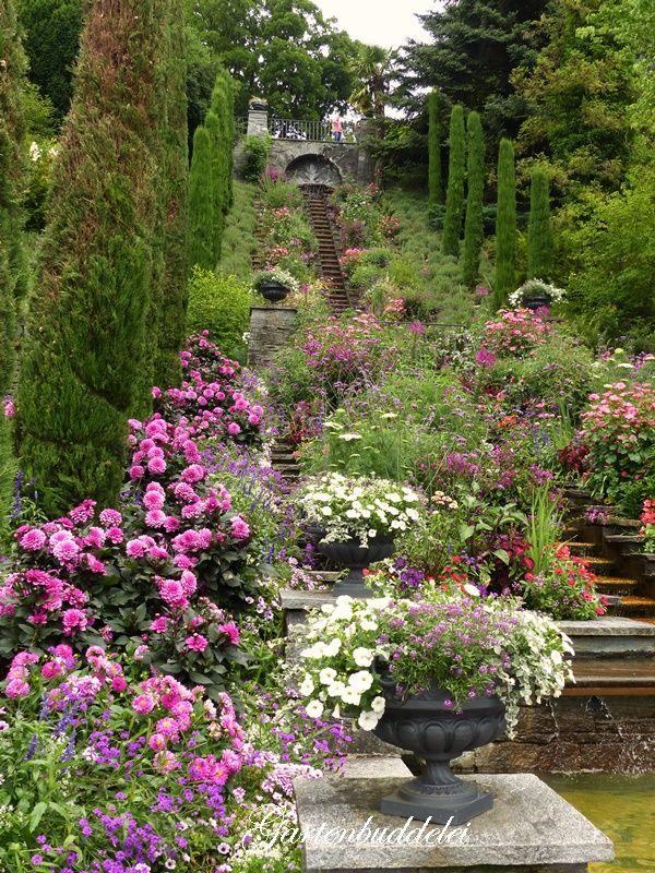 Pretty Flowers Landscaping Ideas Backyard