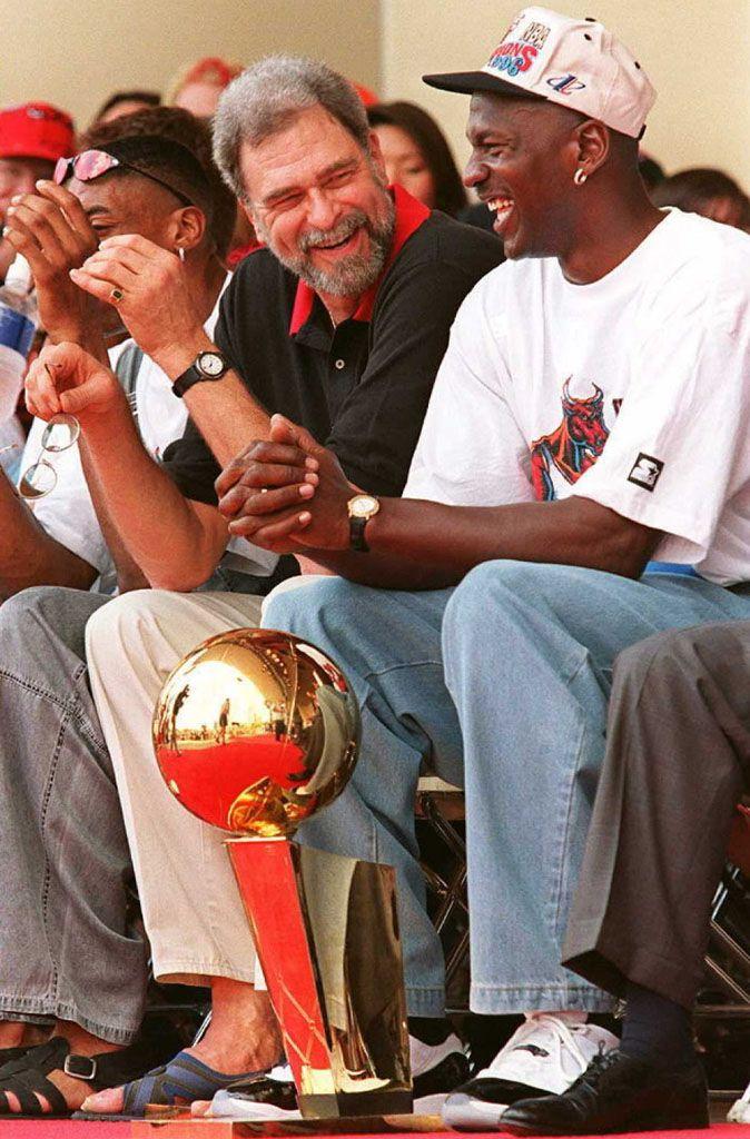 a075b60d3f952c 52 Michael Jordan Photos (37)