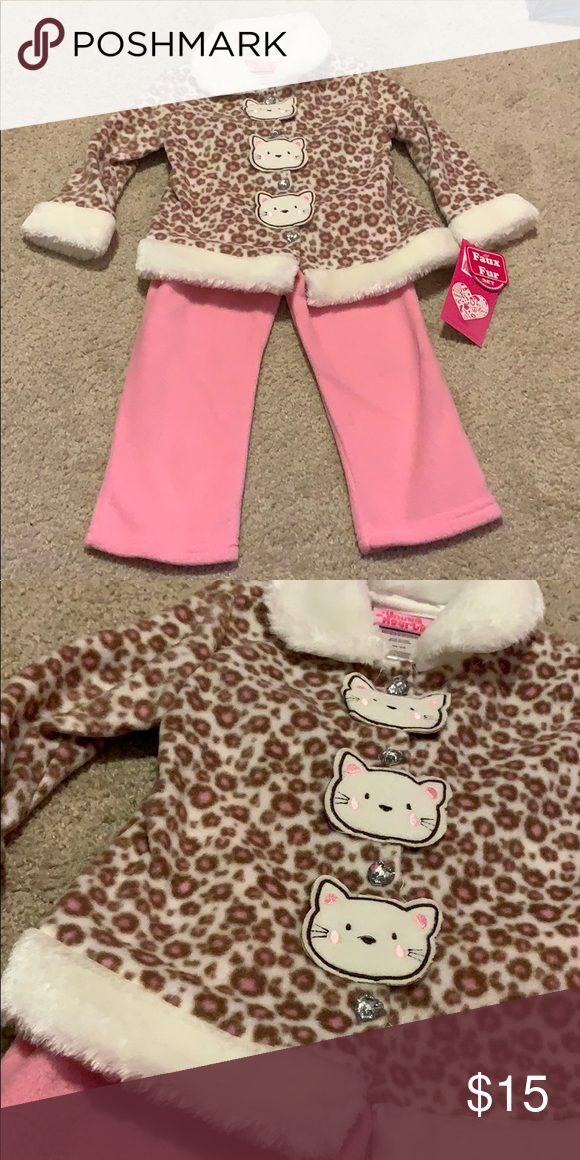 d9ded88fd982 NWT Young Hearts 24M Outfit Brand new with tags. VERY soft. young hearts  Matching
